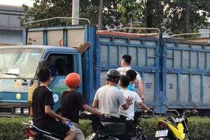 Xác minh vụ 6 thanh niên chặn xe tải dùng mã tấu chém tài xế giữa đường