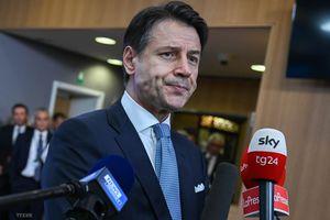Italy cơ cấu lại Bộ Giáo dục sau quyết định từ chức của bộ trưởng