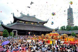 Nhìn lại một năm lễ hội Hà Nội: Nỗi lo đã vơi bớt