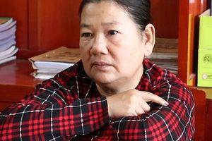 Đang trốn truy nã, người phụ nữ U60 sa lưới vì hành nghề 'hai ngón'