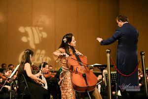 Ấn tượng với màn cello 'Trống cơm' của Đinh Hoài Xuân