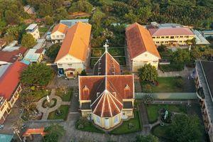 Kiến trúc bên trong Nhà thờ và Tu viện Thủ Thiêm vừa được xếp hạng di tích