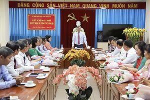 Triển khai quyết định của UBND tỉnh về công tác cán bộ