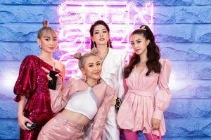 Chi Pu, Salim, Sunht,… đổ bộ thảm đỏ sự kiện fashion show đầu tay 'Seen' của Quỳnh Anh Shyn
