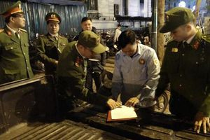 Hoàn Kiếm - Hà Nội: Xử phạt nhiều bãi xe 'chặt chém' du khách
