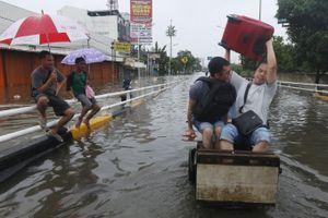 Indonesia phá mây để ngăn mưa và áp dụng phần mềm cảnh báo lụt