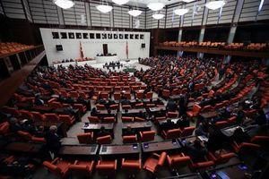 Thổ Nhĩ Kỳ thông qua dự luật triển khai quân tới Libya