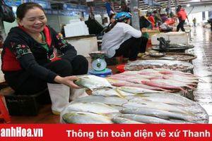 Thị trường hải sản tăng giá mạnh trong dịp Tết Nguyên Đán