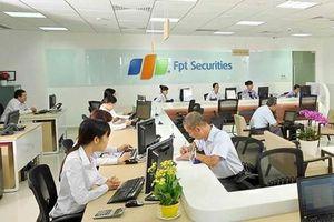 Cung cấp dịch vụ tư vấn không ký hợp đồng, Chứng khoán FPT bị phạt 85 triệu đồng