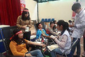 Hàng nghìn người tham gia hiến máu tại Lạng Sơn