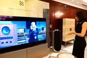 Cận cảnh TV Beovision Harmony có thể gấp gọn trị giá hơn nửa tỷ đồng