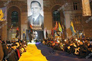 Ba Lan chỉ trích người phát ngôn Bộ Ngoại giao Ukraine trong vụ treo chân dung Bandera