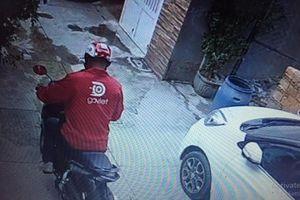 Giả dạng xe ôm công nghệ trộm cướp tài sản
