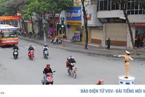 Những 'bóng hồng' CSGT trên đường phố Hải Dương