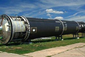 Nga dỡ tên lửa xuyên lục địa lấy vàng, bạch kim