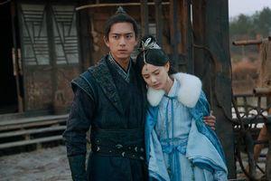 Cảnh hôn của Lý Hiện và Lý Nhất Đồng trong Kiếm Vương Triều không tạo ra được cảm giác yêu nhau
