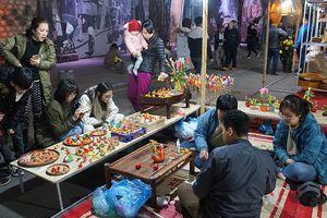 Chờ đón chợ hoa Tết Hàng Lược và không gian Bích họa Phùng Hưng