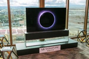 TV cuộn tròn, biến mất như 'ảo thuật' của LG có giá gần 1,4 tỷ đồng