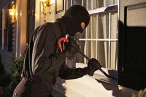'Cặp đôi' thiếu niên đột nhập nhà dân trộm cắp tiền để tiêu xài