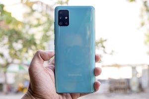 Mở hộp Galaxy A51: Điểm nhấn là cụm 4 camera!
