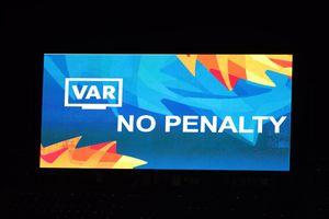 VAR có từ chối penalty của U23 Việt Nam thay trọng tài chính?