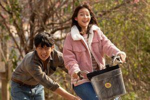 Khả Ngân 'cảm nắng' tình cũ Hoàng Oanh trong phim mới