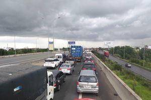 Cao tốc TPHCM - Long Thành không xả trạm dịp Tết, bán vé thủ công khi ùn tắc