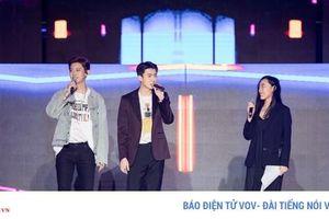 Phản ứng bất ngờ của khán giả về chương trình K-Pop Super Concert