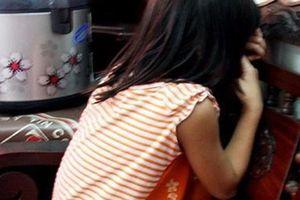 Gã làm thuê giở trò đồi bại với bé gái 6 tuổi