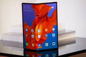 Huawei tuyên bố bán được 100.000 chiếc điện thoại Mate X mỗi tháng