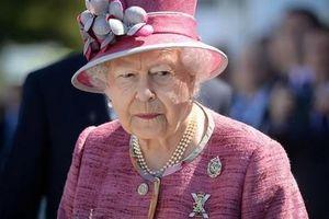 Nữ hoàng Anh ủng hộ 'cuộc sống mới' của vợ chồng Hoàng tử Harry