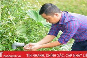 Chàng kỹ sư và anh nông dân trẻ Hà Tĩnh bắt tay xử lý nước thải chăn nuôi