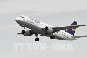 Lufthansa mất danh hiệu hãng hàng không chở khách lớn nhất châu Âu