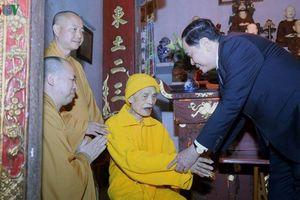 Chủ tịch MTTQ Việt Nam chúc tết Đại lão Hòa thượng Thích Phổ Tuệ