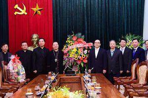 Tổng Giám mục Tổng Giáo phận Hà Nội chúc Tết Đảng bộ và UBND thành phố