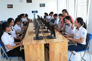 Ninh Thuận: Công chức ngành giáo dục được nghỉ bù 2 ngày trong dịp Tết nguyên đán