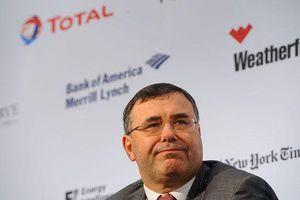 Total chuyển bộ phận tài chính từ London về Paris và muốn trở thành một 'công ty châu Âu'