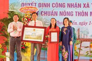 Tân Thới đón nhận danh hiệu xã nông thôn mới nâng cao