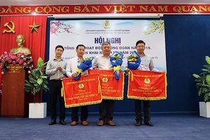 Công đoàn Khối cơ sở Bộ VHTTDL tặng quà CNLĐ hoàn cảnh khó khăn