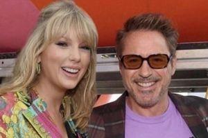 Robert Downey Jr. gây sốc khi ví Taylor Swift với nhện chuyên ăn thịt bạn tình
