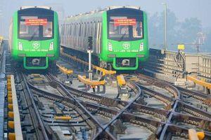 Công nhân vận hành metro thành... xe ôm vì dự án Cát Linh – Hà Đông trễ hẹn