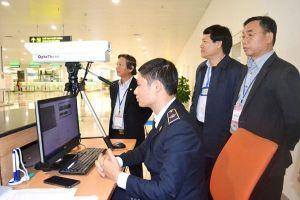 Toàn bộ hành khách Trung Quốc nhập cảnh qua sân bay Nội Bài đều được đo thân nhiệt