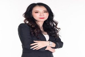 Hành trình trở thành nữ CEO quyền lực của một viên chức nhà nước bình thường Nguyễn Thị Thúy (Thúy Anh)