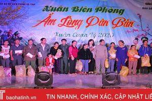 'Xuân biên phòng ấm lòng dân bản' tại xã miền núi Hương Khê