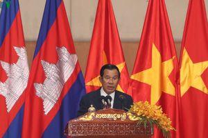 Thủ tướng Campuchia đón Tết Nguyên đán cùng cộng đồng người Việt