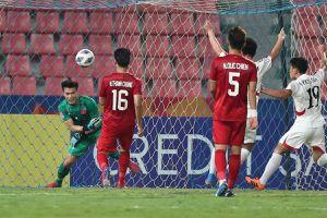 AFC: Sai lầm của Tiến Dũng là bàn thua tàn nhẫn với U23 Việt Nam