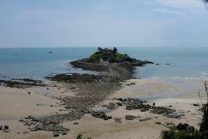 Bí ẩn 'con đường dưới đáy biển' xuất hiện mỗi tháng 2 lần ở Vũng Tàu