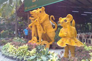 Trước chuột vàng Tiền Giang, năm nào cũng có linh vật tạo hình kỳ lạ