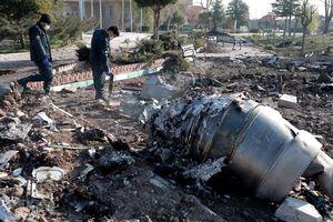 Ngoại trưởng Iran phản đối 'chính trị hóa' vụ rơi máy bay Ukraine
