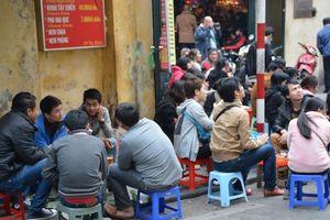 Khách Tây nói gì về văn hóa '1-2-3 dô' của người Việt?
